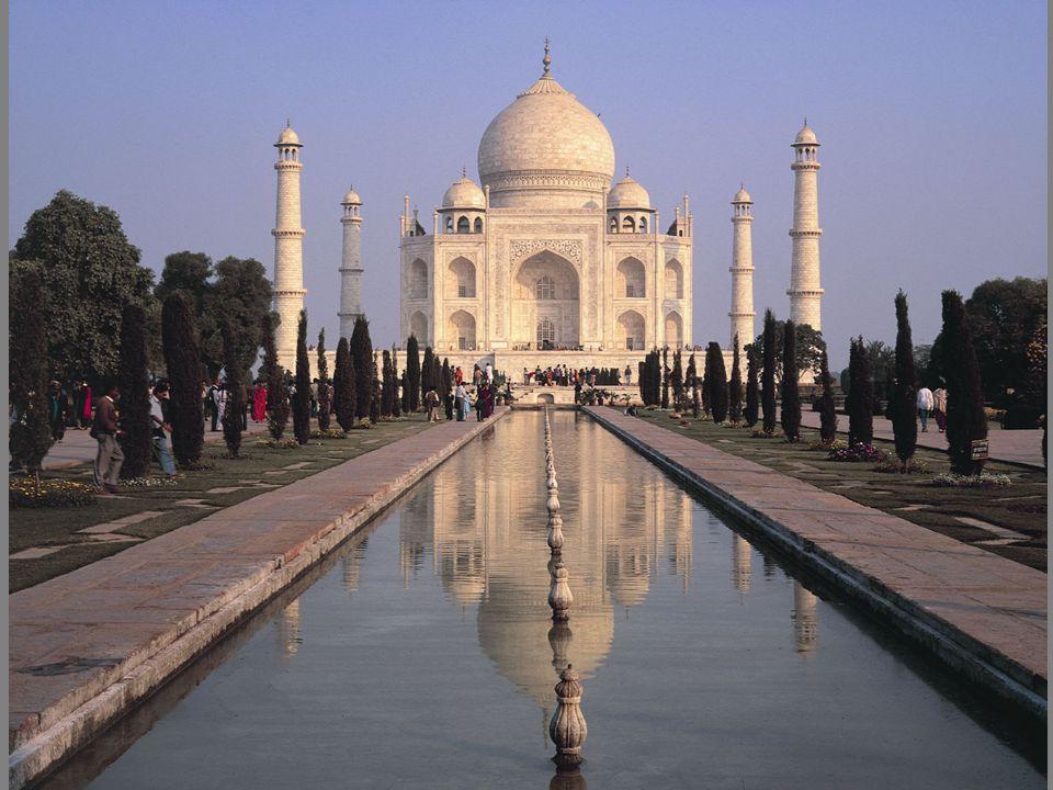 [Image 8.10] Taj Mahal